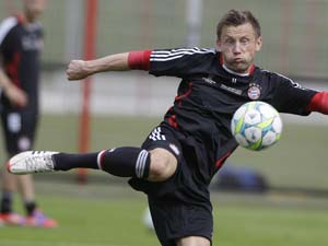 Kalinic to replace injured Olic at Euro 2012