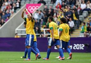 London 2012 Football: Brazil beats New Zealand 3-0