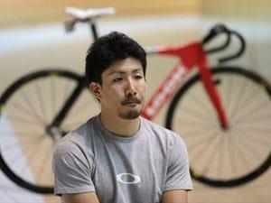 London 2012 Cycling: Fukushima refugees cheer for native son