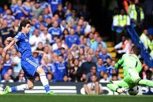 Chelsea sink Hull on Jose Mourinho's return