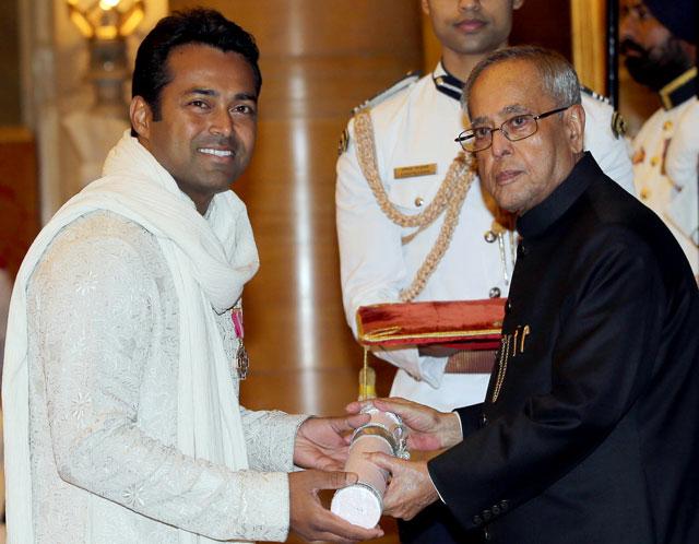 Leander Paes receives Padma Bhushan award