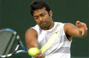Leander Paes and Somdev Devvarman progress in men