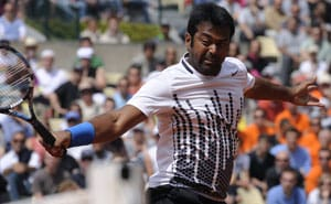 Paes-Peya knocked out of French Open