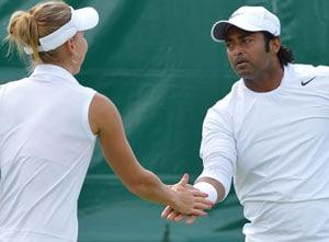 Wimbledon 2012: Leander Paes-Vesnina reach semi-final