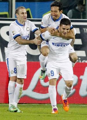 Serie A: Rodrigo Palacio scores as Inter Milan beat Florentina 2-1
