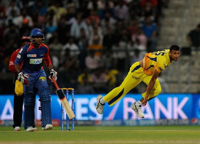 Live cricket score, Ishwar Pandey