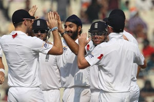 Alastair Cook promises to look after Monty Panesar during Ashes in Australia