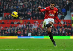 Robin van Persie expected to return against West Bromwich Albion