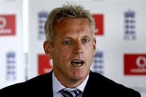 I'm not in Pakistan to seek job: Peter Moores