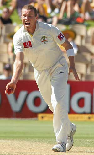 Australia Pacer Peter Siddle Puts on Weight to Regain Speed
