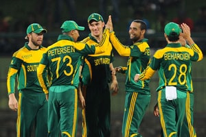 South Africa's Robin Peterson concedes 35 runs in an over
