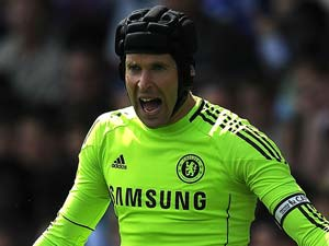Petr Cech doubtful for Euro playoff against Montenegro