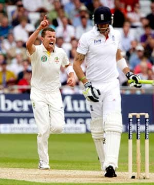 2nd Test: England heading for defeat in Adelaide
