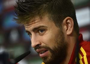 Gerard Pique denies spat with Sergio Ramos