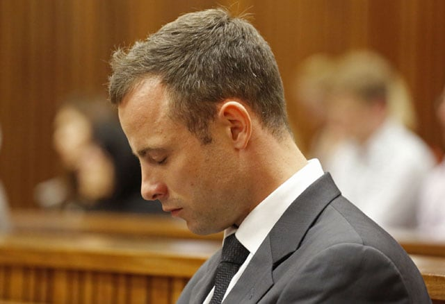 Oscar Pistorius trial: Security guard, lawyer clash over phone call on day of murder