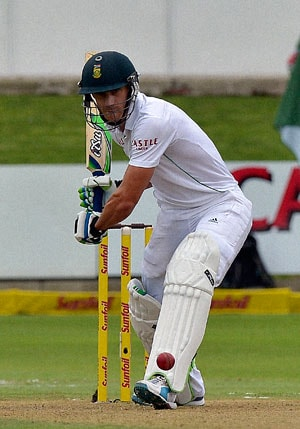 2nd Test: Dean Elgar, Faf du Plessis fifties save South Africa as Nathan Lyon bags two wickets