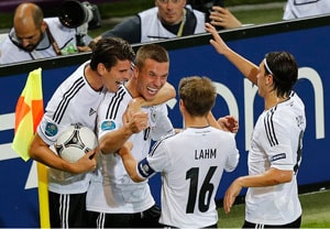 Euro 2012: Germany eliminate Denmark, top Group B