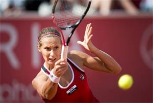 Polona Hercog rallies to defend Bastad title