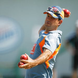 Ponting admits he'll have to play with pain during World Cup