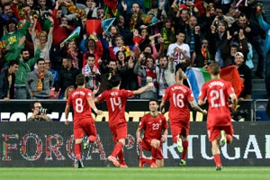 Portugal wins, Italy draws in World Cup qualifying