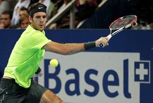 Del Potro beats Federer to end his losing streak in style
