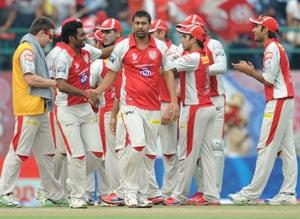 IPL 5: Kings XI Punjab jolt Chennai Super Kings