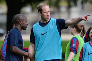 Prince William welcomes football to Buckingham Palace
