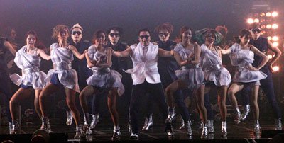 'Gangnam Style' hits South Korean Grand Prix