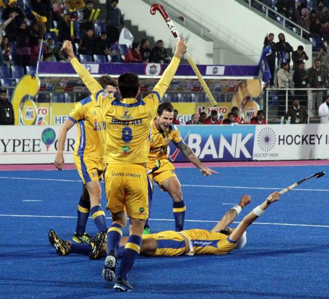 Hockey India League: Punjab Warriors beat UP Wizards 2-1