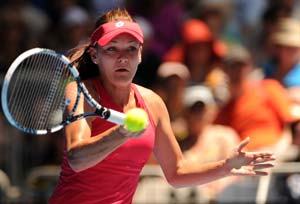 Injured Radwanska withdraws in Malaysia