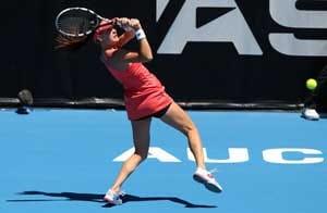 Ahead of Australian Open, stars sweat it out in Sydney 'sauna'