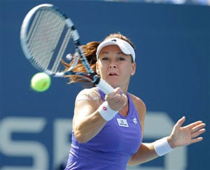 Agnieszka Radwanska, Ana Ivanovic cruise at US Open