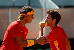 Rafael Nadal keeps Spain in Davis Cup World Group