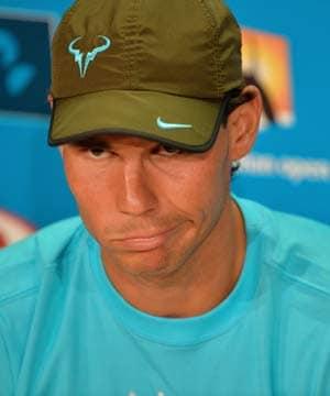 Australian Open: Speedy courts irk Rafael Nadal but Roger Federer 'fine'