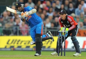 India power to 165 against England