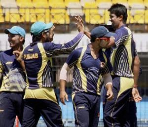 Syed Mushtaq Ali T20: Manprit Juneja shines as Gujarat take on Punjab in final