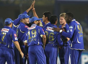 IPL 2013: Shane Watson, Stuart Binny power Rajasthan to five-wicket win over Chennai