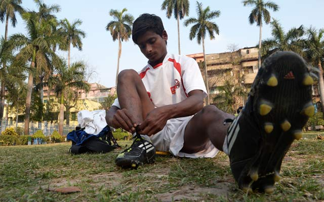 Underprivileged Indian boys dream big, head to Manchester United for training