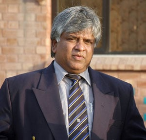 Bowling may hurt India in 2015 World Cup, says Arjuna Ranatunga