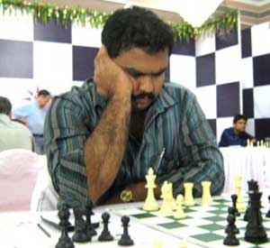 Rathnakaran is sole leader in Mayor's Cup Chess