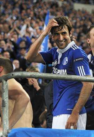 Underdogs Schalke can dream of final, says Raul