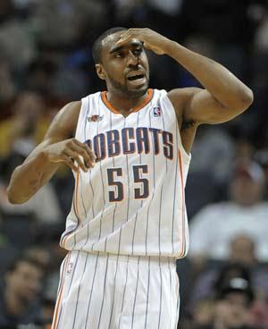 Reggie Williams takes Bobcats past Raptors