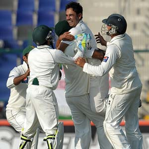 Pakistan claim series after England collapse for 72