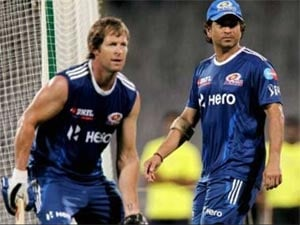Indian Premier League: Sachin Tendulkar monitors Mumbai Indians training ahead of opener