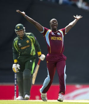 ICC Champions Trophy: Dwayne Bravo praises 'tone setter' Kemar Roach after win against Pakistan