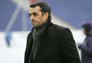 Leverkusen sack Robin Dutt, Sami Hyppia to coach the side