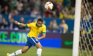 Robinho heads winner as Brazil down Chile in friendly