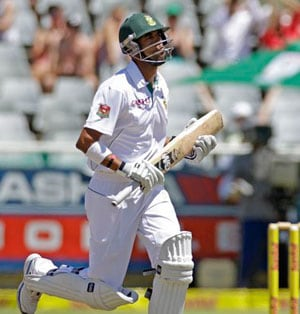 South Africa fightback puts Test on knife edge