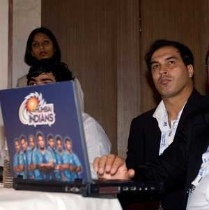 Tough to pick a favourite in IPL 4: Robin Singh