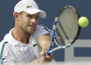 Roddick tops Benneteau in straight sets at US Open